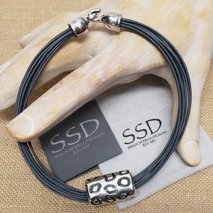 "Simon Sebbag 16"" Cheetah Necklace on Grey Leather"